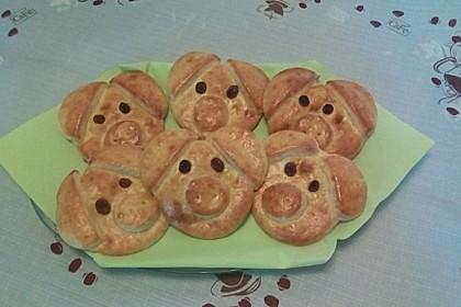 Glücksschweinchen aus Quark - Öl - Teig 37