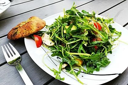 Mango-Avocado-Salat mit Hühnerstreifen, Rucola und Tomaten 3