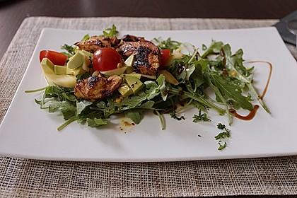Mango-Avocado-Salat mit Hühnerstreifen, Rucola und Tomaten 1