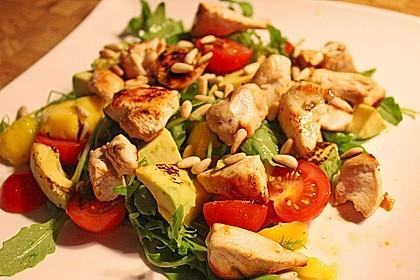 Mango-Avocado-Salat mit Hühnerstreifen, Rucola und Tomaten 2