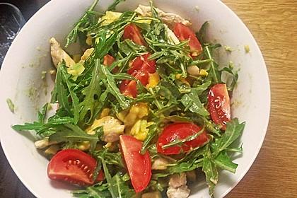 Mango-Avocado-Salat mit Hühnerstreifen, Rucola und Tomaten 31