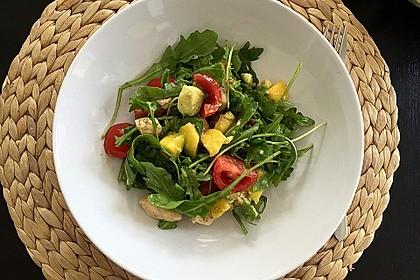 Mango-Avocado-Salat mit Hühnerstreifen, Rucola und Tomaten 14