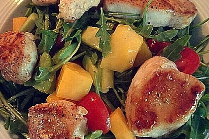 Mango-Avocado-Salat mit Hühnerstreifen, Rucola und Tomaten 33