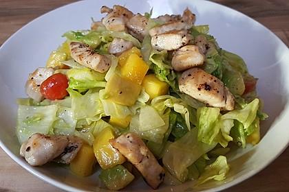 Mango-Avocado-Salat mit Hühnerstreifen, Rucola und Tomaten 39