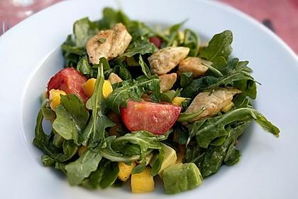Mango-Avocado-Salat mit Hühnerstreifen, Rucola und Tomaten 11