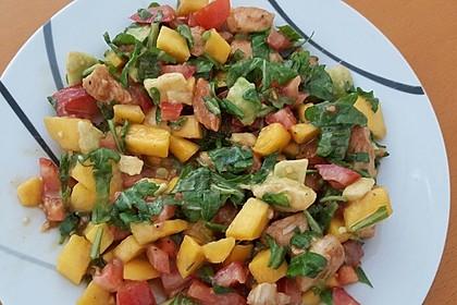 Mango-Avocado-Salat mit Hühnerstreifen, Rucola und Tomaten 27