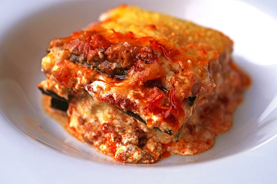 zucchini lasagne low carb rezepte. Black Bedroom Furniture Sets. Home Design Ideas