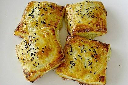 Blätterteigtäschchen mit Spargel - Prosciutto - Mascarpone - Füllung 5