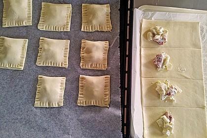 Blätterteigtäschchen mit Spargel - Prosciutto - Mascarpone - Füllung 10