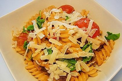 Pasta mit Chorizo - Zwiebel - Sauce 19