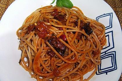 Pasta mit Chorizo - Zwiebel - Sauce 13