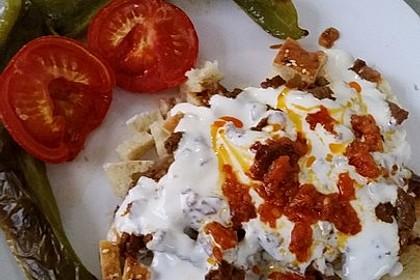 Iskender - türkische Döner Zubereitung 4
