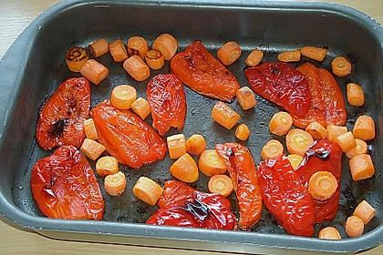 Suppe aus gerösteten Paprika und Möhren 2