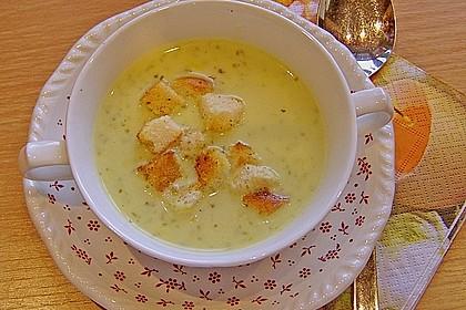 Bärlauch - Sahnesuppe mit Croutons 9