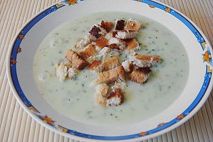 Bärlauch - Sahnesuppe mit Croutons 31