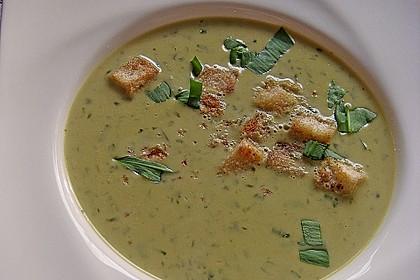 Bärlauch - Sahnesuppe mit Croutons 20