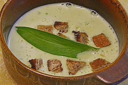 Bärlauch - Sahnesuppe mit Croutons 28