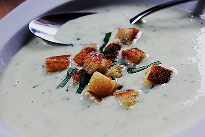 Bärlauch - Sahnesuppe mit Croutons 3