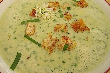 Bärlauch - Sahnesuppe mit Croutons 7