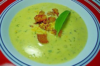 Bärlauch - Sahnesuppe mit Croutons 24