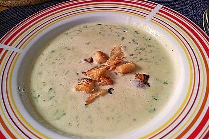 Bärlauch - Sahnesuppe mit Croutons 21