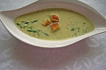 Bärlauch - Sahnesuppe mit Croutons 14