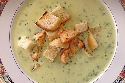 Bärlauch - Sahnesuppe mit Croutons 13
