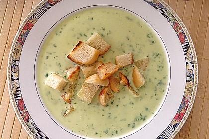 Bärlauch - Sahnesuppe mit Croutons 12