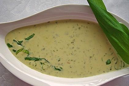 Bärlauch - Sahnesuppe mit Croutons 10