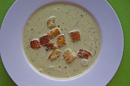 Bärlauch - Sahnesuppe mit Croutons 18