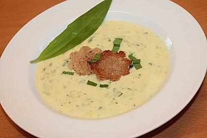 Bärlauch - Sahnesuppe mit Croutons 6