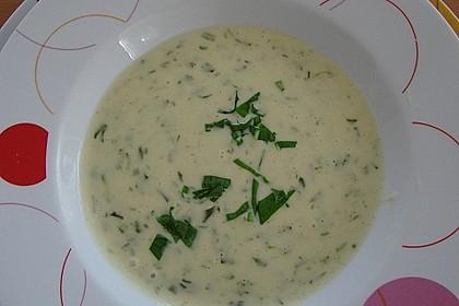 Bärlauch - Sahnesuppe mit Croutons 27