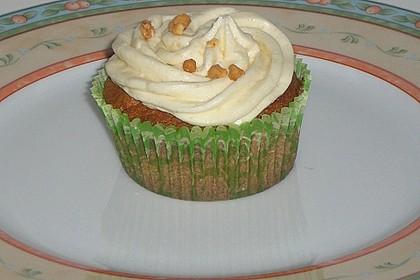 Marzipan Cupcakes 8