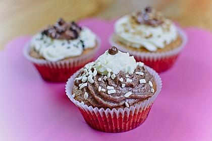 Marzipan Cupcakes 7