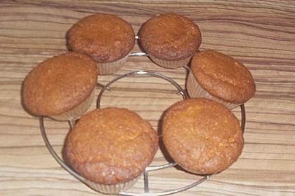 Marzipan Cupcakes 24