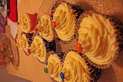 Marzipan Cupcakes 25