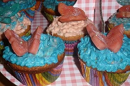 Marzipan Cupcakes 19
