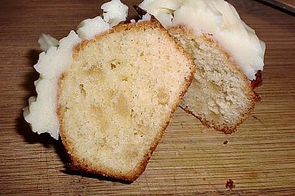 Marzipan Cupcakes 9