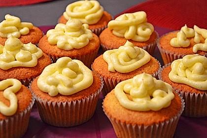 Marzipan Cupcakes 22