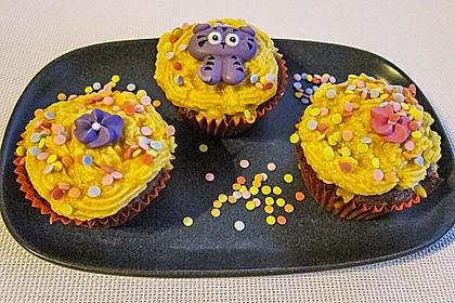 Marzipan Cupcakes 16
