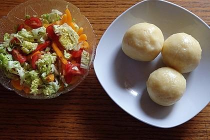 Einfache Kartoffelknödel nach Omas Rezept 13