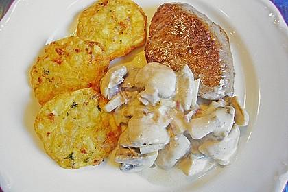 Champignons in Parmesan - Sahne - Sauce