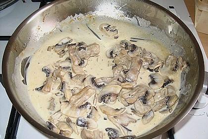 Champignons in Parmesan - Sahne - Sauce 1