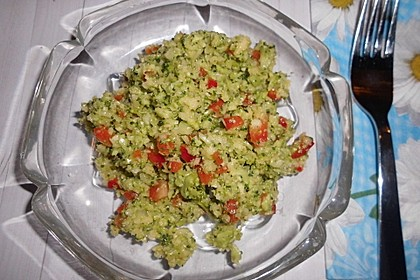 Brokkolisalat 5