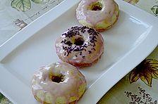Donuts für die Backform mit Himbeerguss