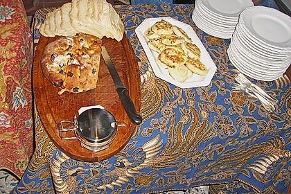 Brot mit Oliven und getrockneten Tomaten 29