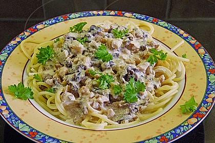 Spaghetti mit Walnuss-Käse Sauce 3