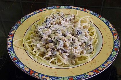 Spaghetti mit Walnuss-Käse Sauce 2