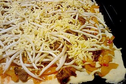 Pizza auf asiatische Art