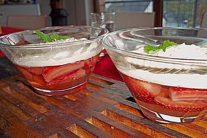 Erdbeeren in Sektgelee 2